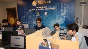 Zeka Gücü'nün yeni durağı Rize'deki Fatma Nuri Erkan Bilim ve Sanat Merkezi oldu