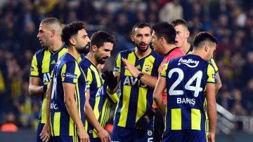 Fenerbahçe beklentilerin altında bir ilk yarı geçirdi