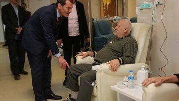 AK Parti Zeytinburnu Adayı Arısoy, kanser hastalarını unutmadı