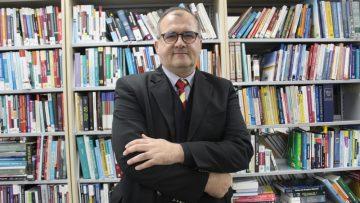 """Dr. Sadık Akyar: """"MGK kararları hükümet için iç hukuk dayanak noktasıdır"""""""
