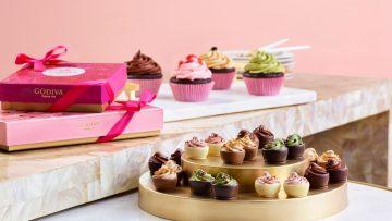 """Godiva'dan Sevgililer Günü için 5 çeşit """"cupcake'' çikolata"""
