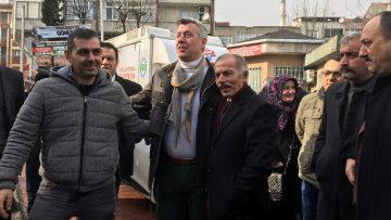 Metin Şentürk Bayrampaşa tanzim satış noktasını ziyaret etti