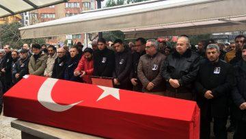 Yalçın Menteş'in cenaze namazında sevenleri gözyaşı döktü