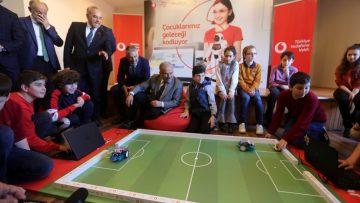Ordulu çocuklar Vodafone ile yarını kodladı